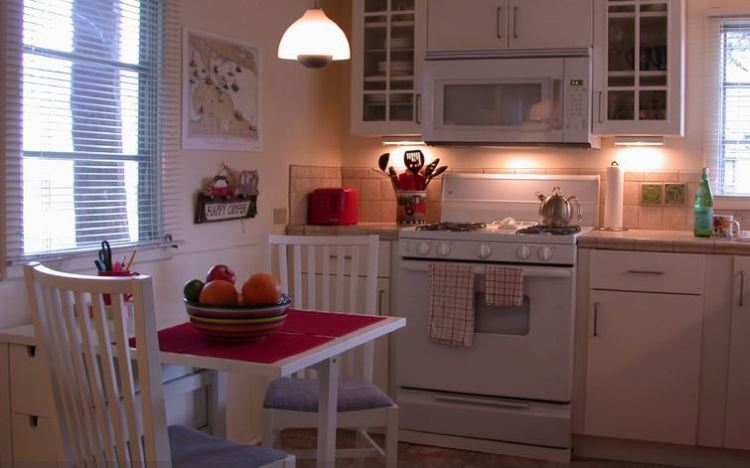 A new look for new moon mobile home for Mobile home kitchen remodeling ideas