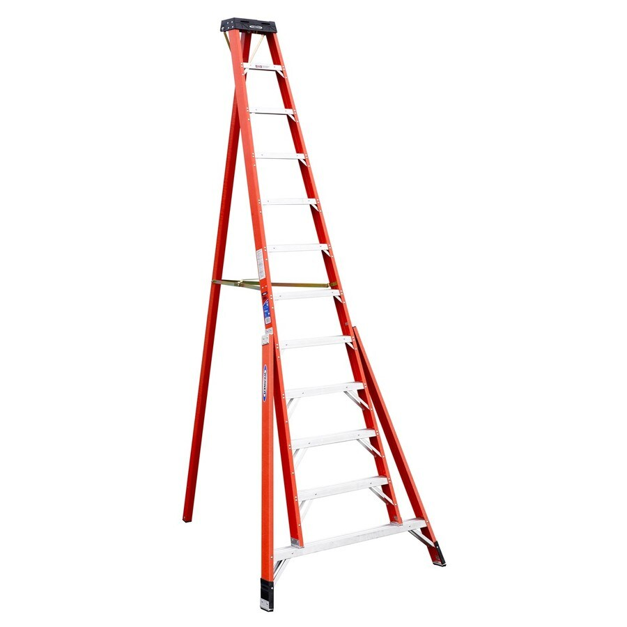 Shop Werner 12 Ft Fiberglass Type 1a 300 Lbs Tripod