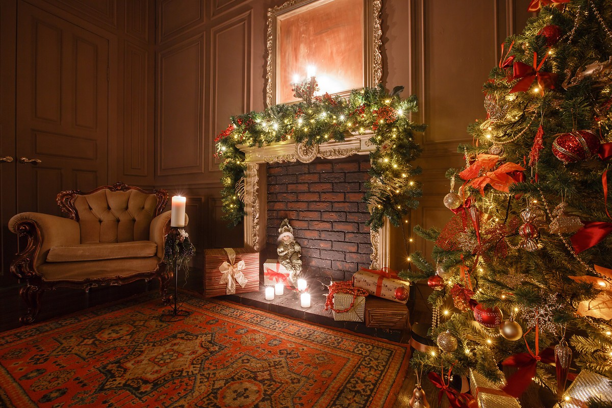 Christmas Fireplace Wallpaper Christmas Fireplace Free Wallpaper Download