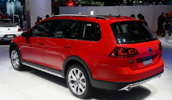 2017-Golf-Alltrack (5)