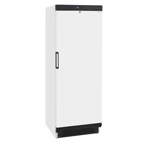 solid-door-tall-fridge