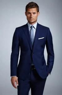 Cmo combinar un traje azul marino