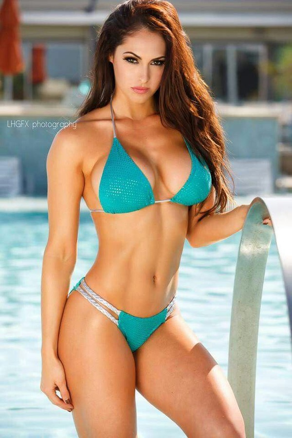 Hope Beel Fitness Model