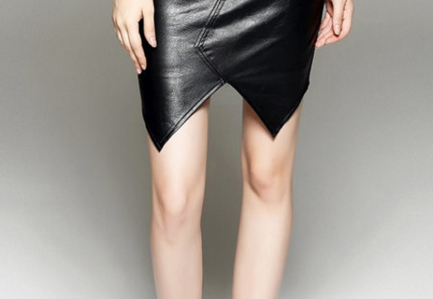 How to wear leather skirts during the winter season