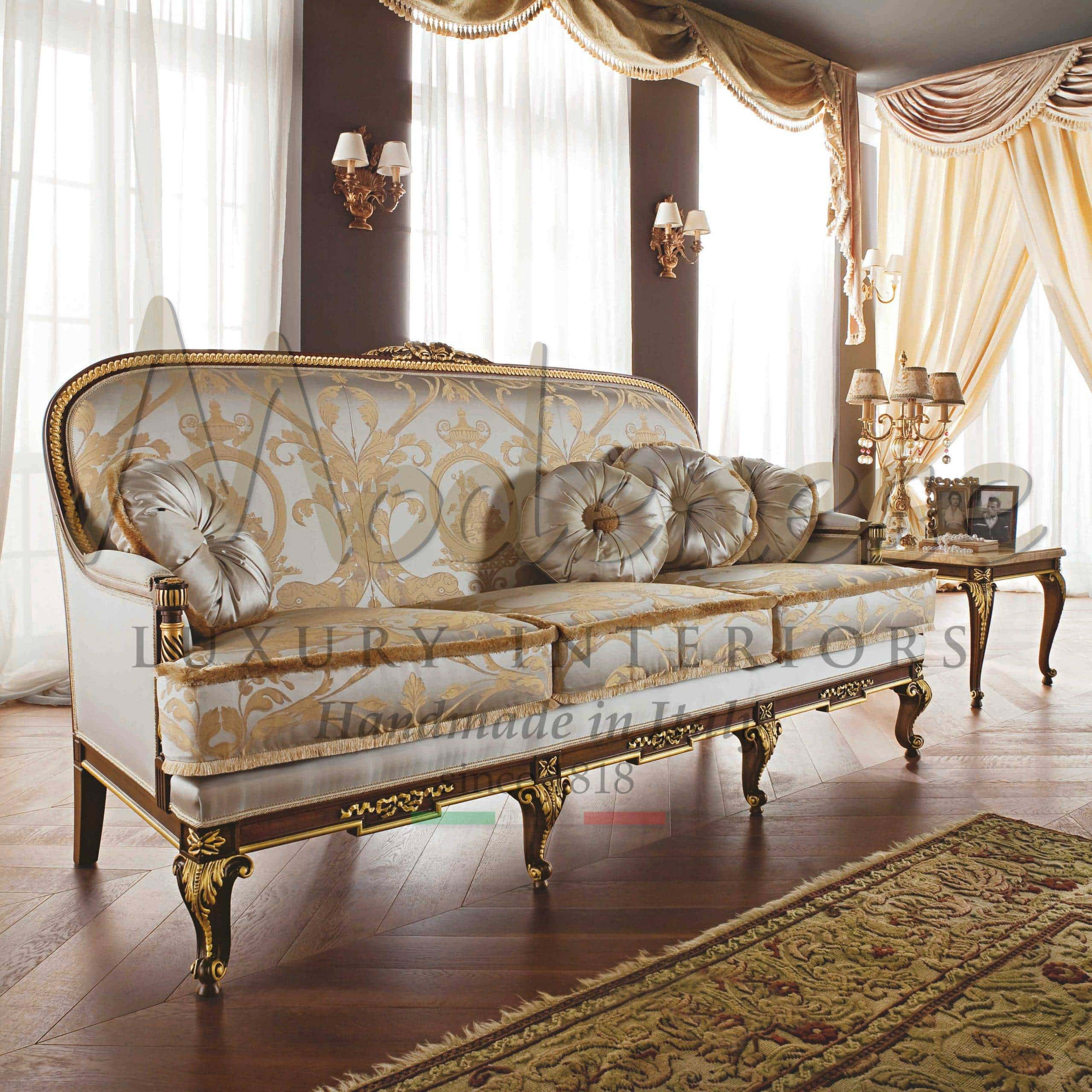 Italian Classic Style Sofas Traditional Luxury High End Artisanal Exclusive Handmade Production Modenese