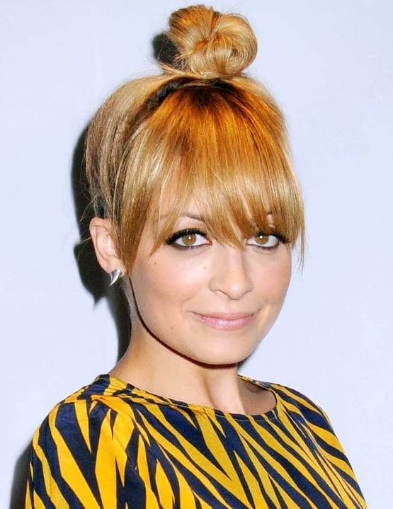 Nicole Richie rockin' the top knot trend.