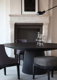 10 Gorgeous Black Dining Tables for Your Modern Dining Room