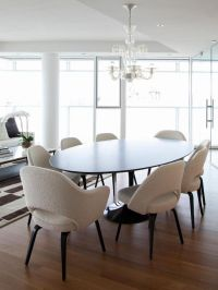 15 Astounding Oval Dining Tables for Your Modern Dining Room