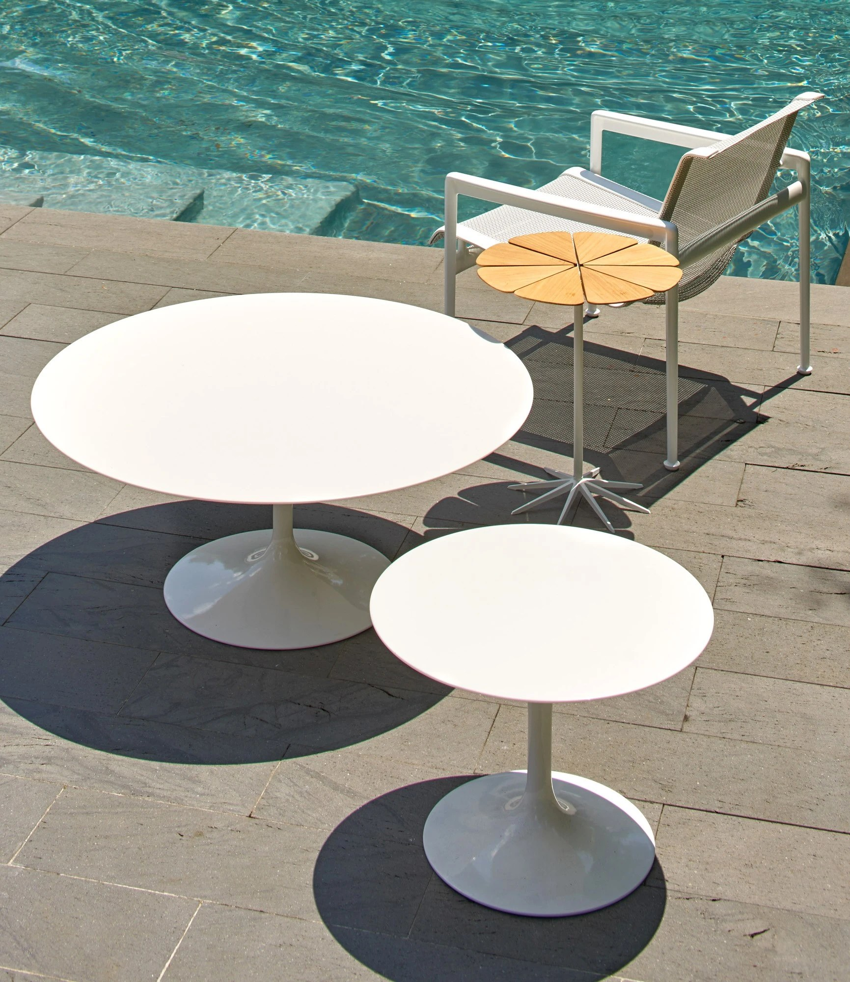 Saarinen Knoll Table Knoll Saarinen Round Coffee Table Outdoor