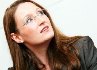 Clare Rayner