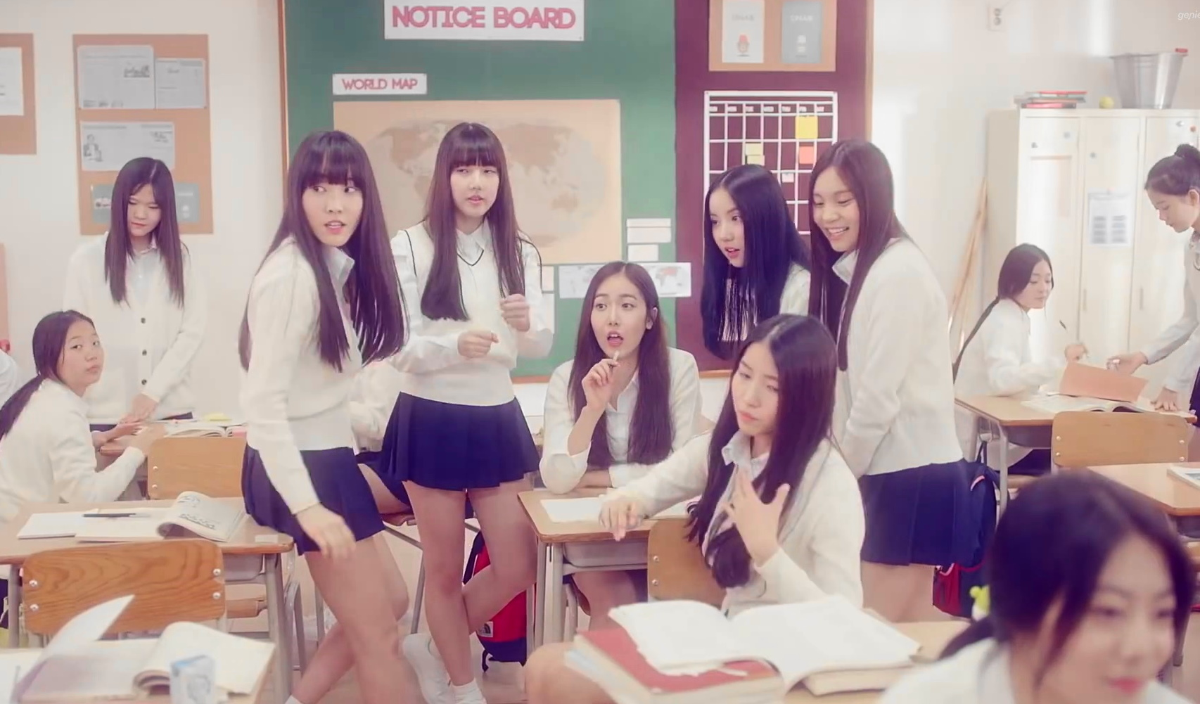Cute Korean Girl Desktop Wallpaper Glass Bead By Gfriend Kpop Song Of The Week Modern Seoul