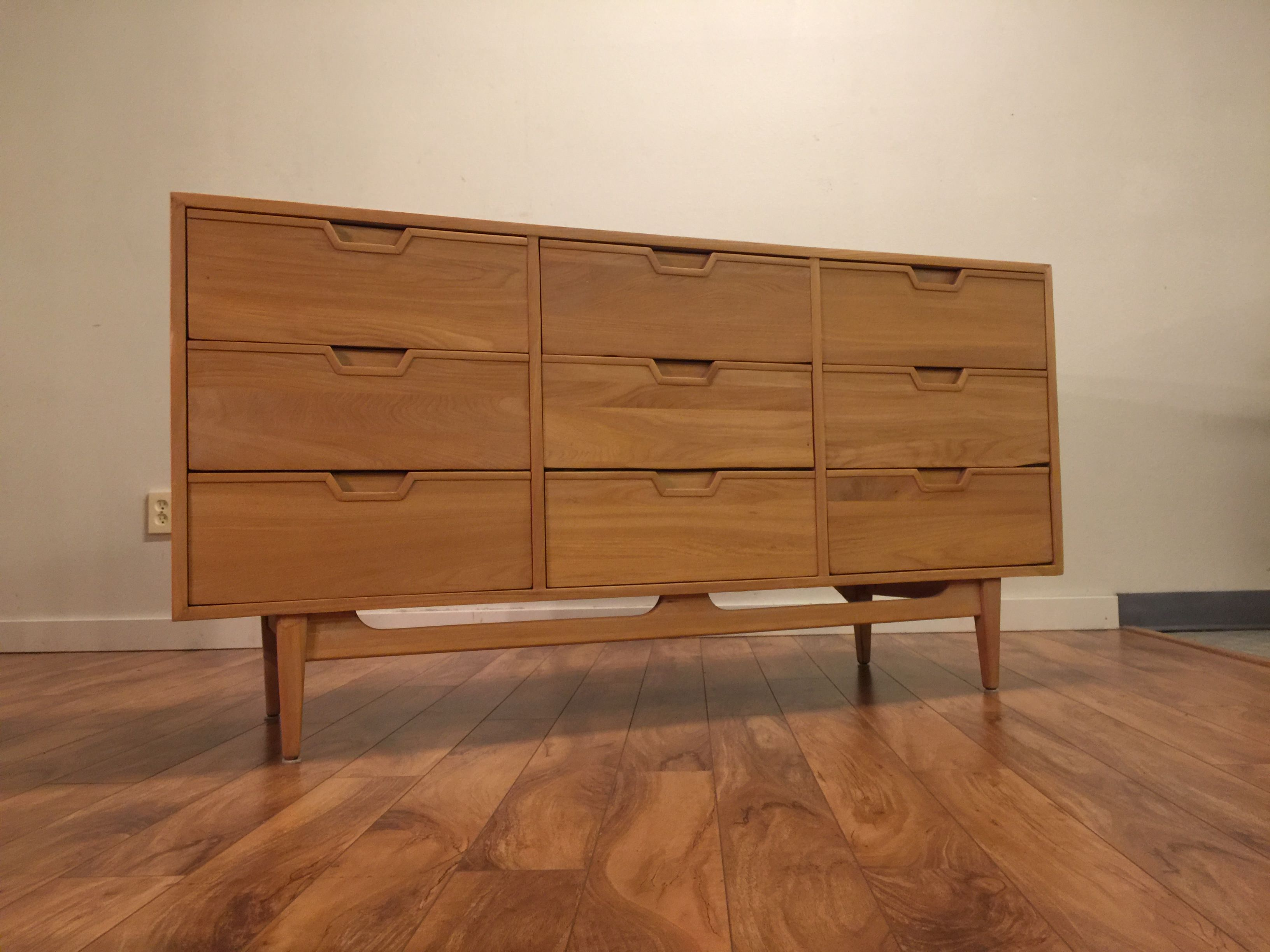 Wood Art Sold - Solid Wood 9 Drawer Dresser - Modern To Vintage