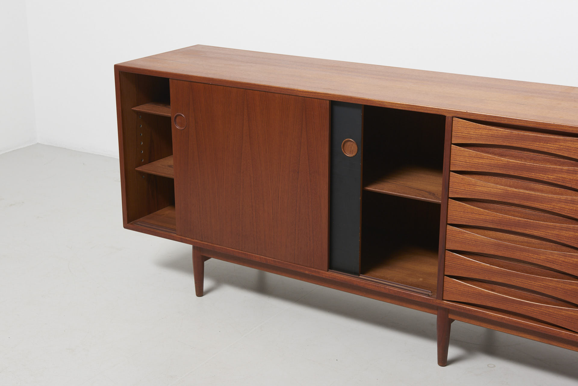 Horst Brüning A Large Sideboard Model 29a In Teak Arne Vodder — Archive