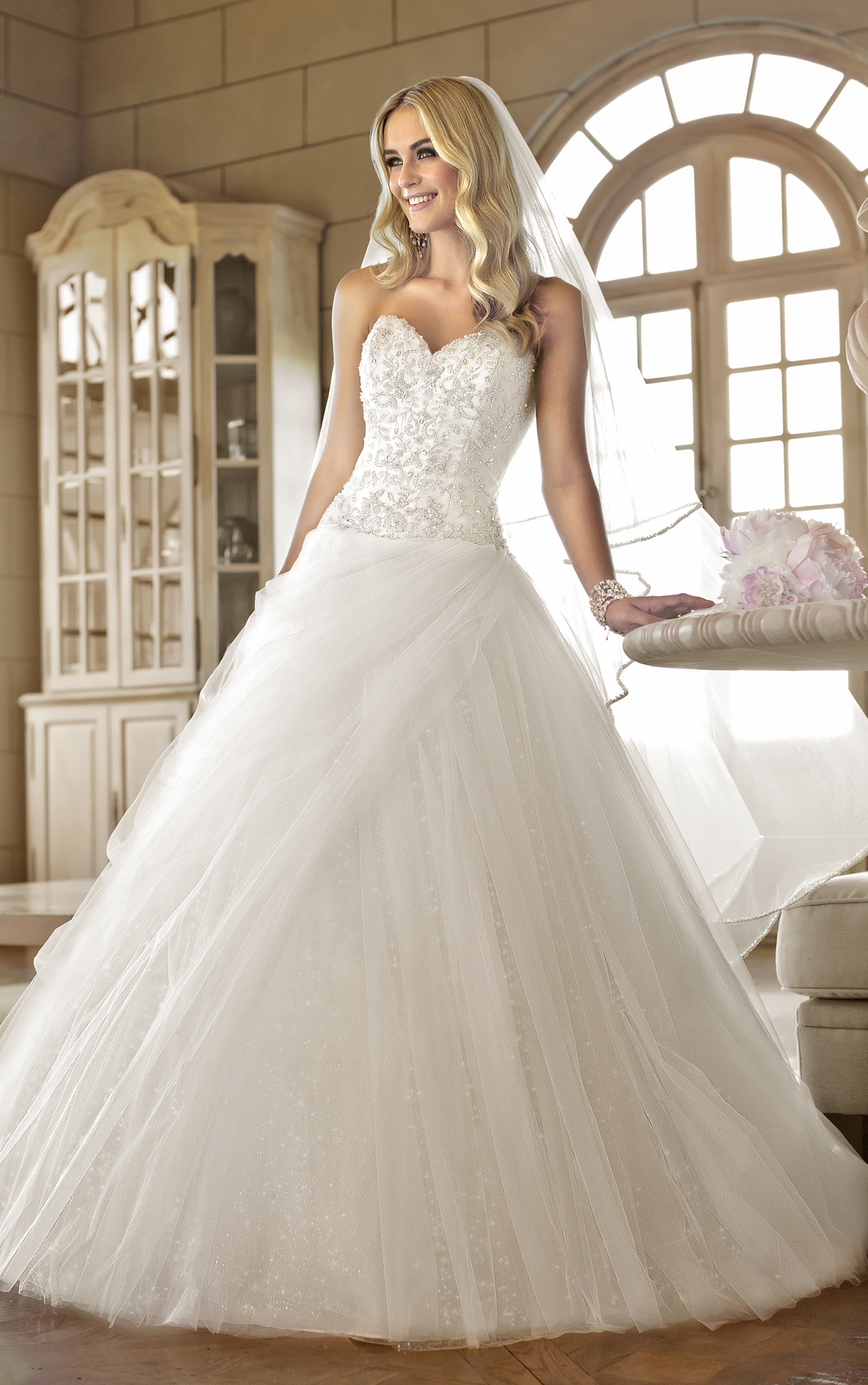 Bride Gowns The Best Gowns From The Most In Demand Wedding Dress