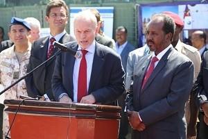 Somali-President-Hassan-Sheikh-Mohamud-United-Nations-Special-Representative-of-the-Secretary-General-SRSG-Nicholas-Kay-and-EU-Special-Envoy-to-Somalia-Michele-Cervone-dUrso