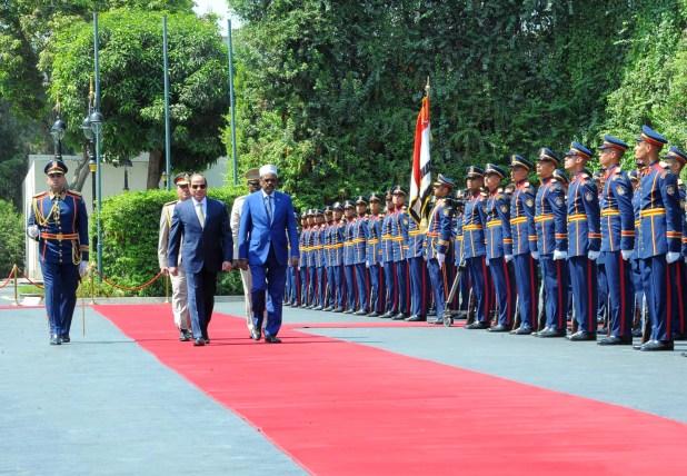 553157-السيسى-والرئيس-الصومالى-(2)