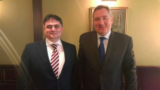 Ministrul Economiei, Octavian Calmîc (din stânga) la întrevedere cu vicepremierul rus Dmitri Rogozin ( din dreapta) din 28 mai 2016 la Moskova Foto Sursa bani.md