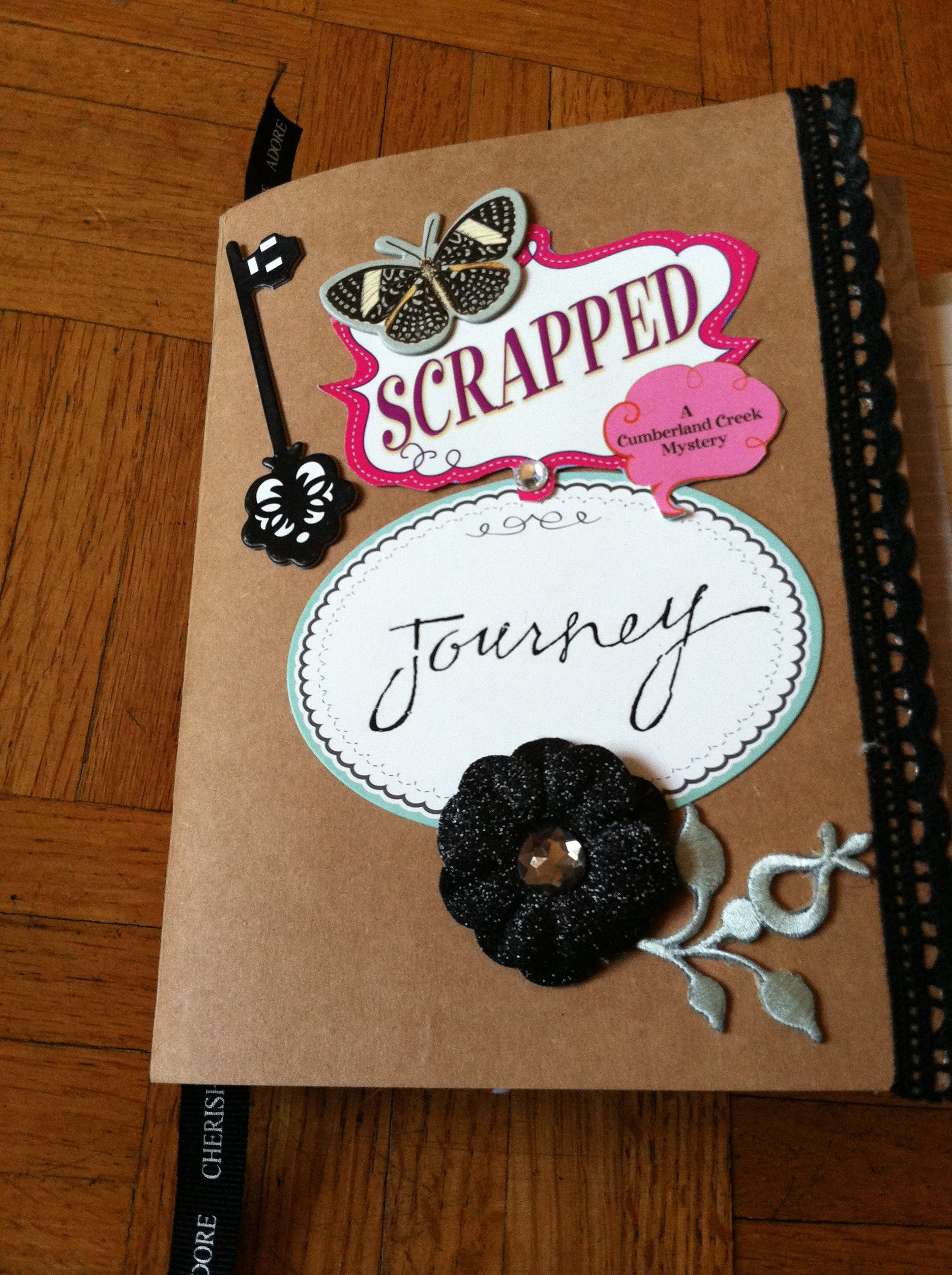 How to make your own scrapbook of shadows