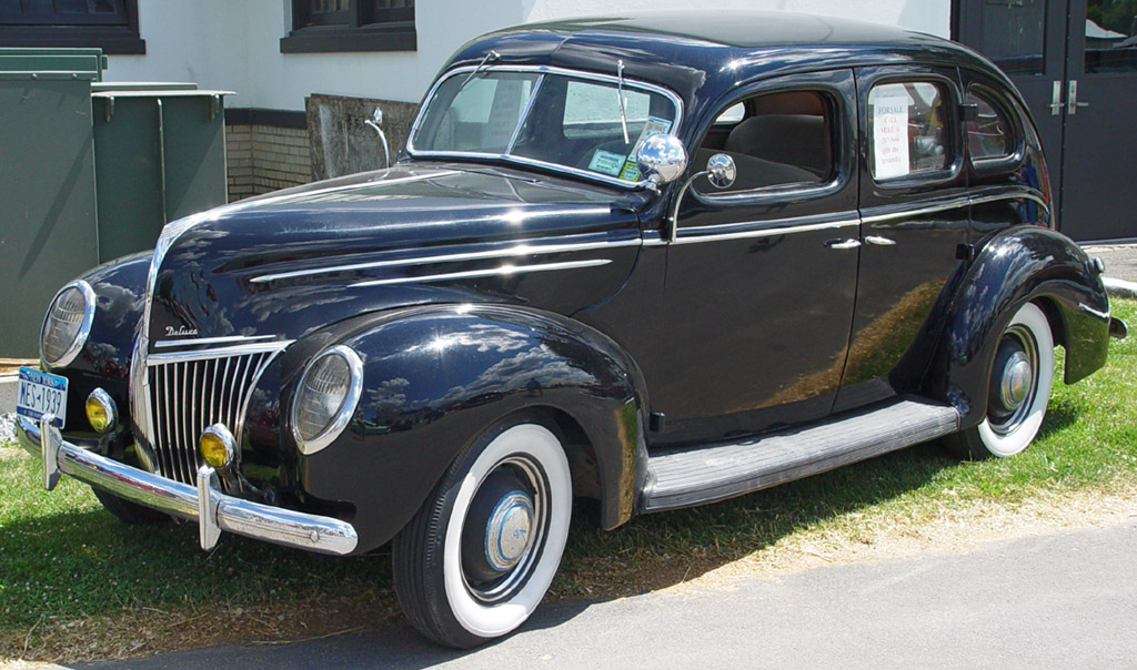 1939 Ford Deluxe - Information and photos - MOMENTcar