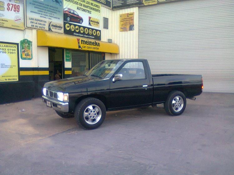1987 Nissan Pickup - Information and photos - MOMENTcar
