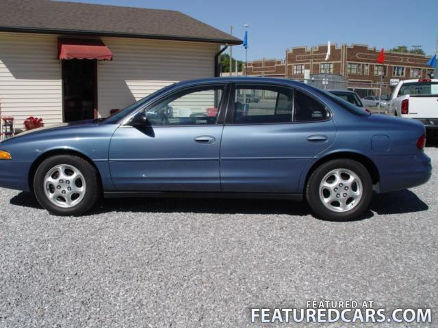 1998 Oldsmobile Intrigue - Information and photos - MOMENTcar