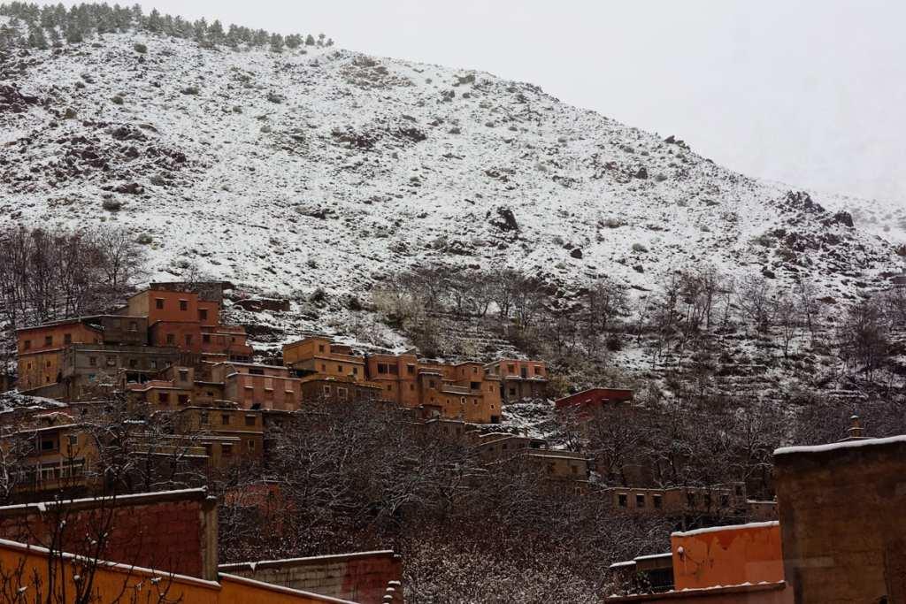 Wedding photographer in Morocco - snowy landscape in Imlil