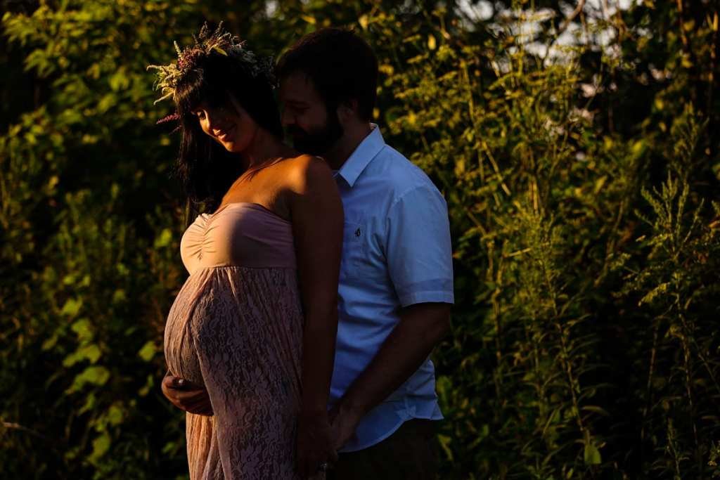 Bohemian sunset woodsy maternity shoot with dad