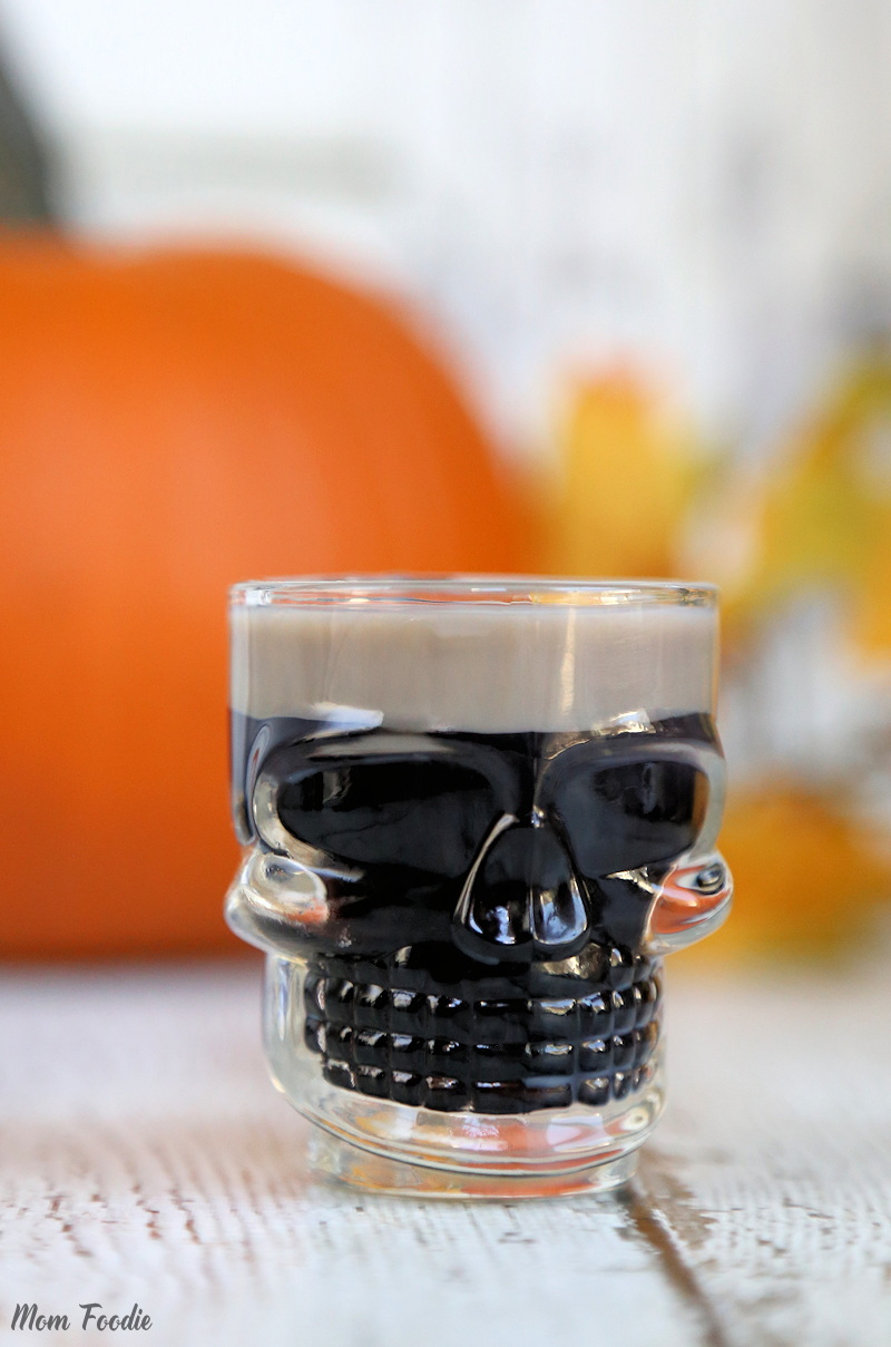 Easy Halloween Shots Recipes Slippery Zombie Brains Easy Halloween Shots Mom Foodie
