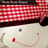 Easy 'ARRRRRRT' Project for Kids: Paper Plate Pirate