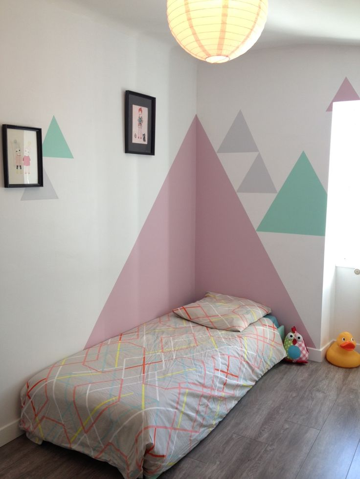 Peinture Triangle Chambre Triangles On The Wall | Mommo Design