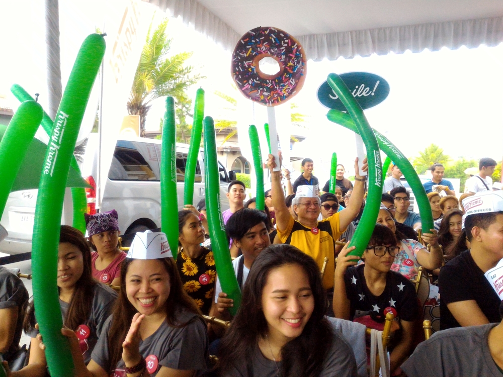 Krispy Kreme Now Closer to Home here in Evia Lifestyle Center