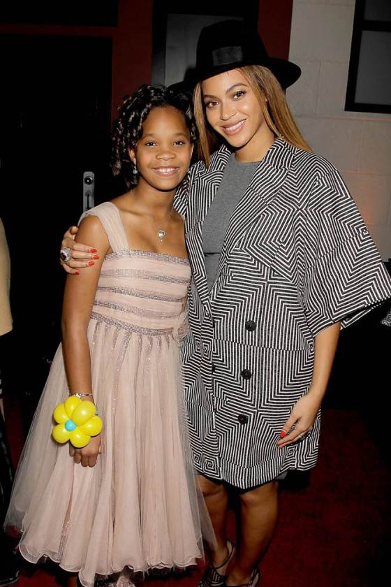 My Excitement to See the New ANNIE Movie & Escape Police Brutality News #AnnieMovie ~ MommyTalkShow.com