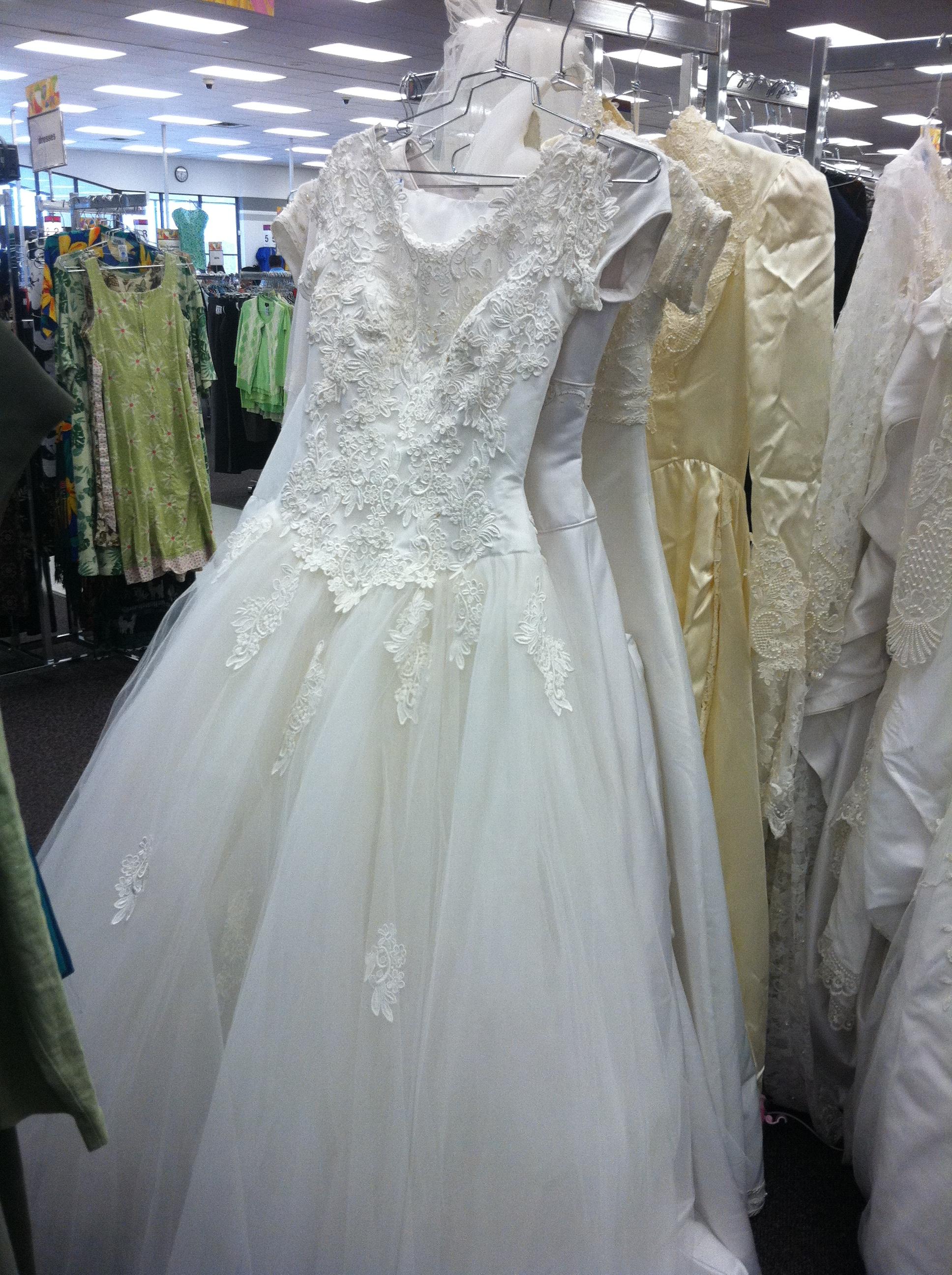 wedding dresses stores wedding dresses websites Wedding Dresses Stores 87