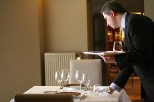 chef de rang disposition table restaurant