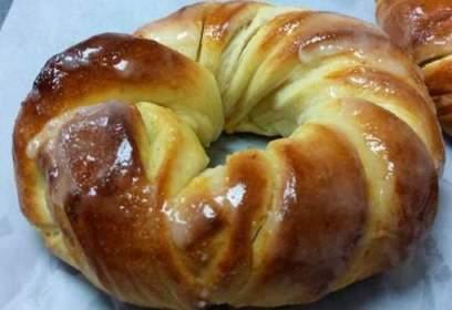 Cragel mi-croissant mi-bagel