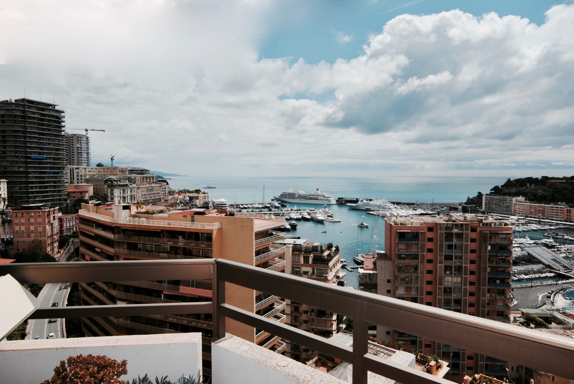 Terrasse Du Port Monaco Monaco Life Montecarlo Latest News Hotels Travel Offers Formula 1