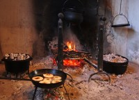 Hearth Cooking in the Phoenix Millhouse - The Monadnock ...