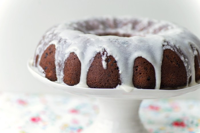 Raspberry-Buttermilk-Bundt-Cake-4