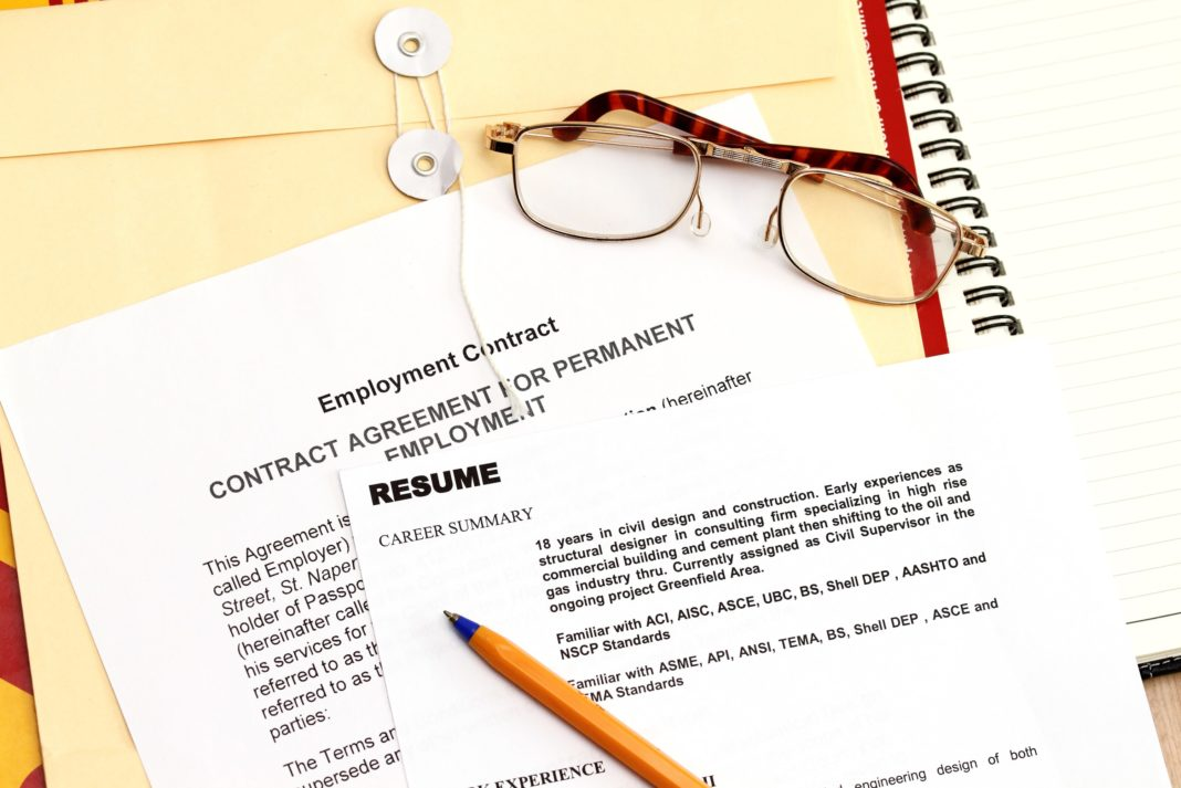 How to Write a Great Resume for a Job - Tips  Examples