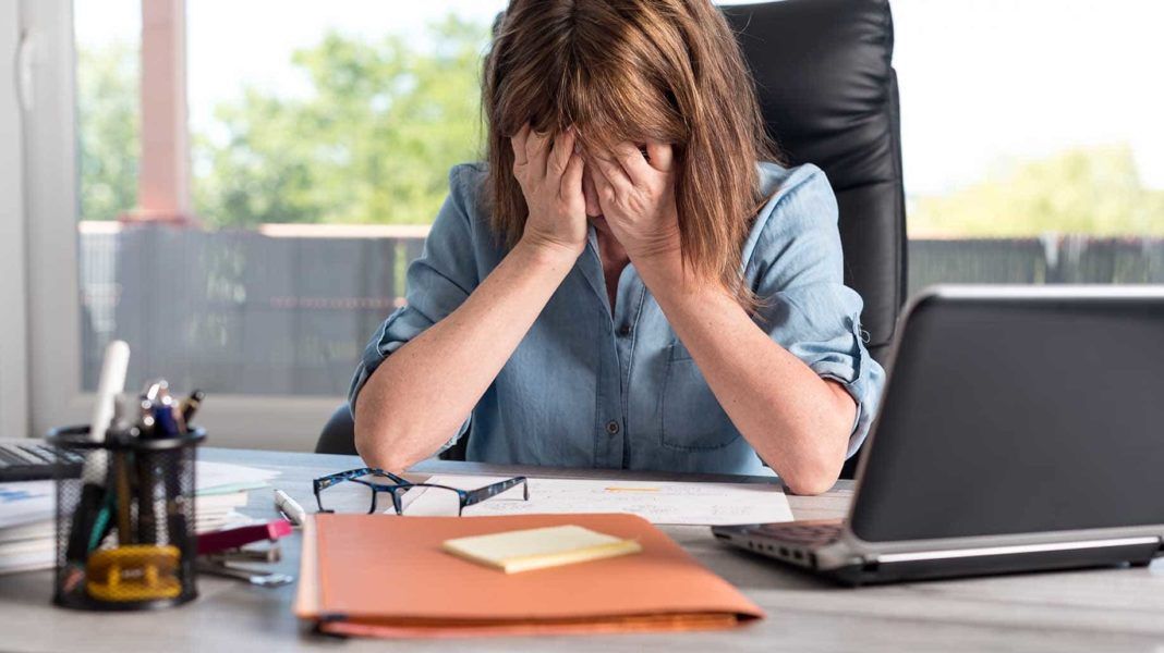 17 Tips to Deal With Workplace Burnout  Job Stress