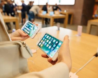 iPhone 7 Sales Data