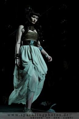Fashion_Show_Spiegelbar_Tivoli_Oude_Gracht_(7)_1.jpg