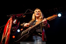2015-04-23_Melissa_Etheridge_-_Bild_012.jpg