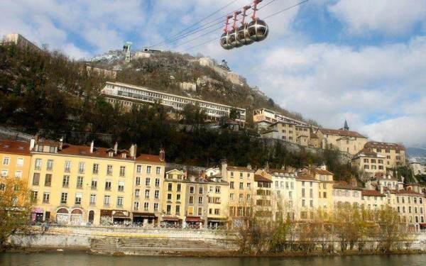 Riding in the Grenoble-Bastille cable car is the #1 thing to do in Grenoble France