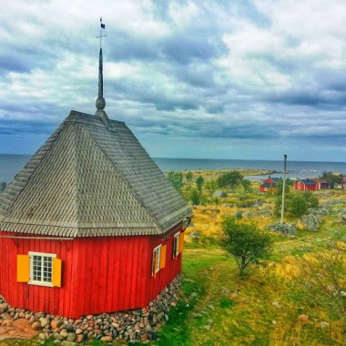 View over Maakalla island and Finland's smallest parsonage.