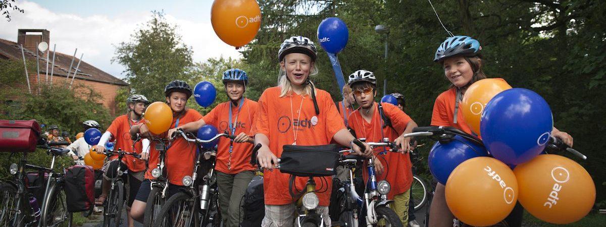 ADFC Jugendtreffen 2011: Aufbruch zur Fahrraddemo.