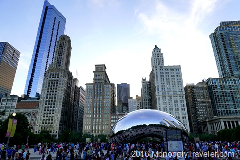 The famous Bean sculpture in Millennium Park