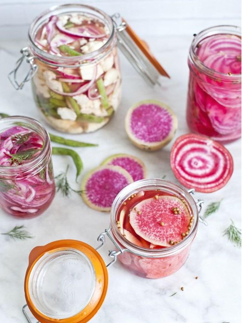 pickles de radis red meat et de betterave chiogga en bocal