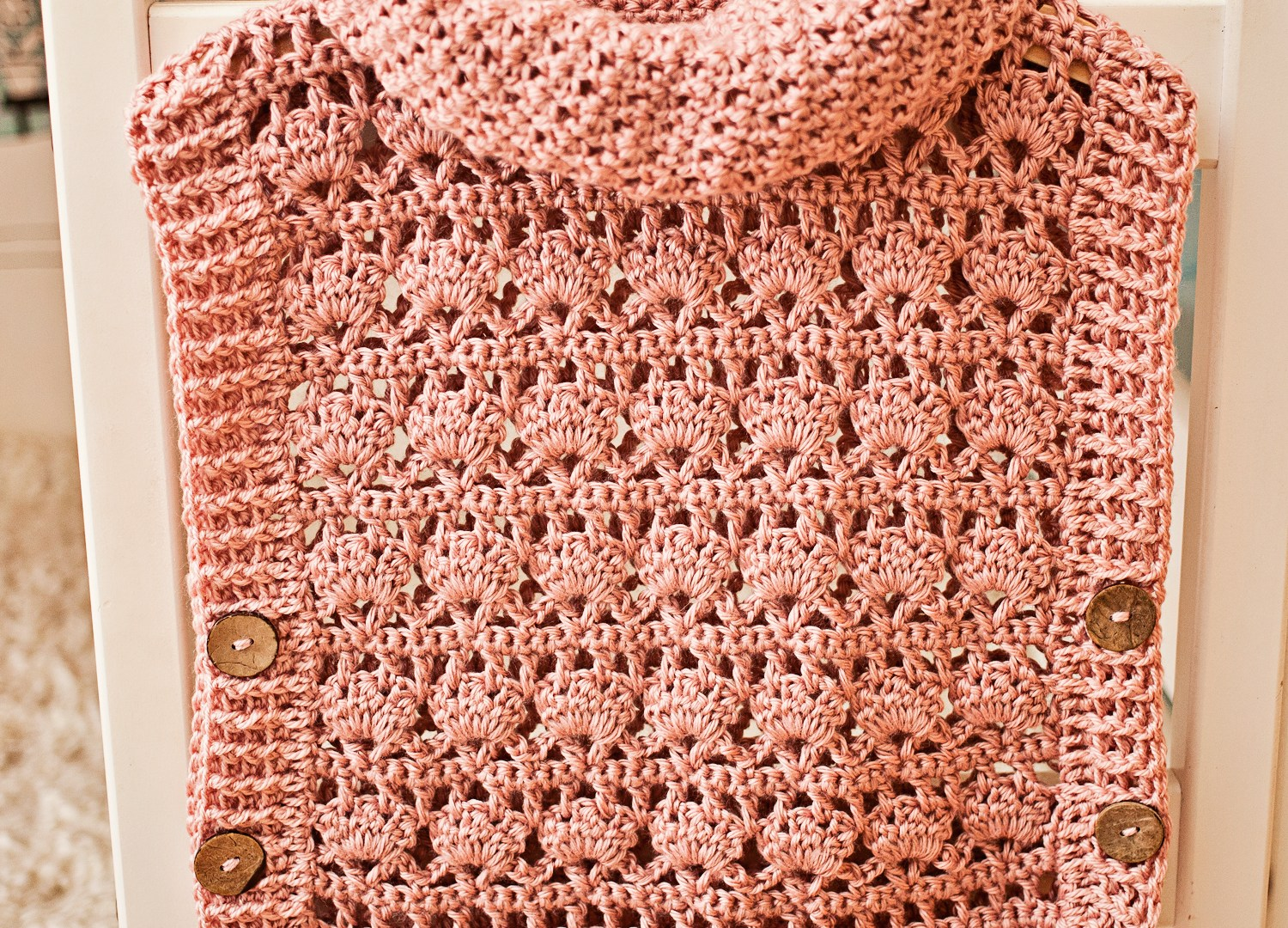 Pullover season – try our new crochet Poncho-Pullover! You will love it!