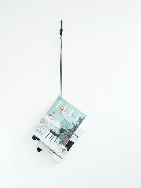 Hanging_magazine_storage_DIY